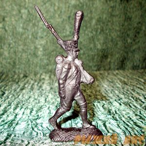 Француз с ружьем на плече 1812