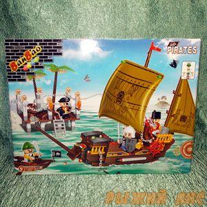 Пиратская лодка (502 элемента)