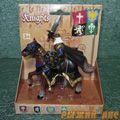 Черный рыцарь на коне. Вид №1.