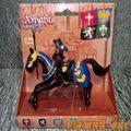 Синий рыцарь на коне. Вид №3.