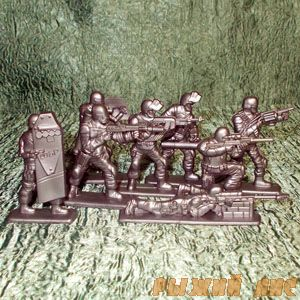 Солдатики СОБР