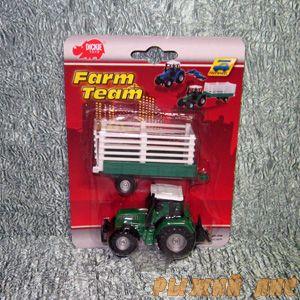 Трактор с прицепом. Вид №2