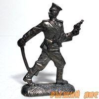 Русский офицер в бою ПМВ