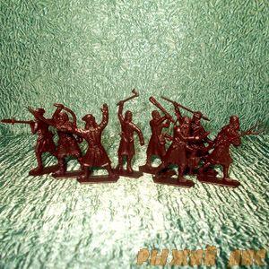 Крестьяне и Разбойники