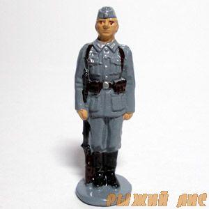 Немецкий пехотинец в пилотке (крашеный)