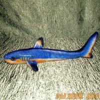 Акула голубая 30 см
