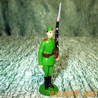 Курсант с винтовкой (крашеный)