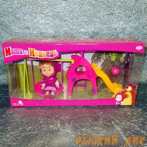 Кукла Маша на качелях